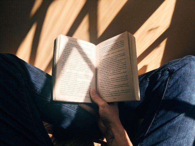 Text argumentativ despre importanta cititului