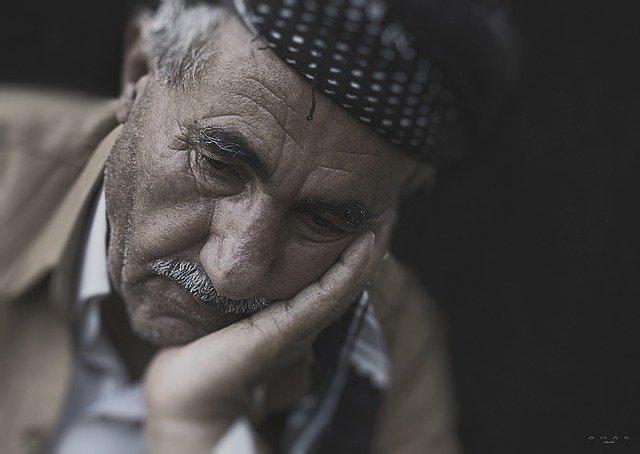 Camin de batrani - Depresia persoanelor varstnice